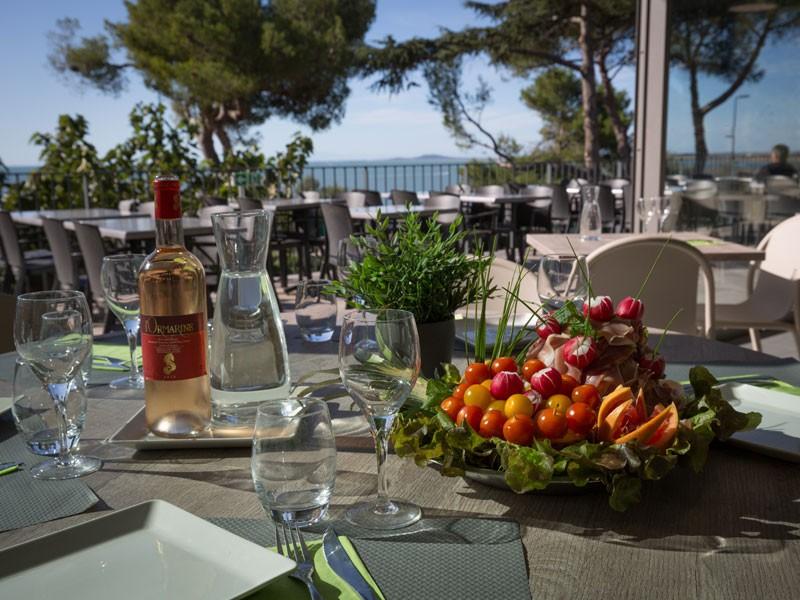 web-plat-restaurant-vue-mer-md-5539923